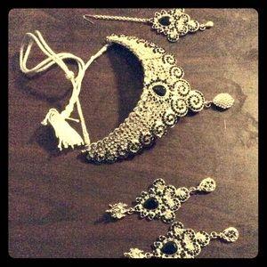 Jewelry - Indian kundan necklace jewelry set